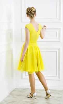 Р 8.6 Платье спортивное для девочек (фото, Желтый)